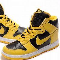Кроссовки на платформе Nike 6