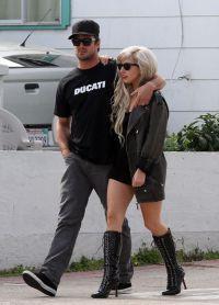 Леди Гага и Тейлор Кинни начали встречаться в 2011 году