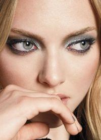 макияж для больших глаз серых 1