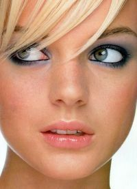 макияж для больших глаз серых 2
