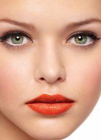 макияж для больших зеленых глаз 3