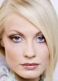 макияж для больших голубых глаз 3