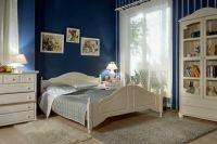 Белая спальня из массива дерева 3