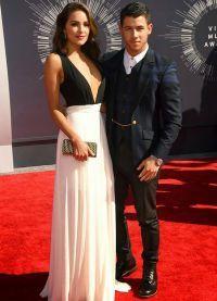 На церемонии Billboard Music Awards пара последний раз сфотографировалась вместе