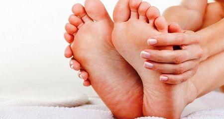 Отекают ноги после родов: возможные проблемы