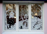 Новогодние украшения на окна15