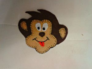обезьянка магнит из фетра 11