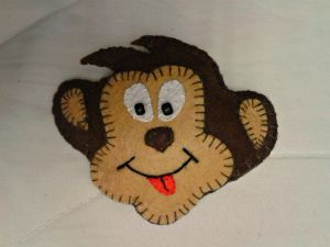обезьянка магнит из фетра 14