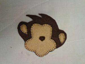 обезьянка магнит из фетра 7