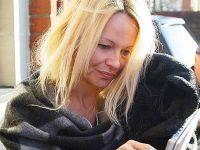 Pamela Anderson fara machiaj 3