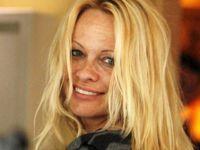 Pamela Anderson fara machiaj 4