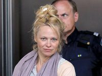 Pamela Anderson fara machiaj 7