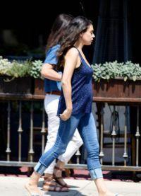 Появились первые фотографии беременной Милы Кунис