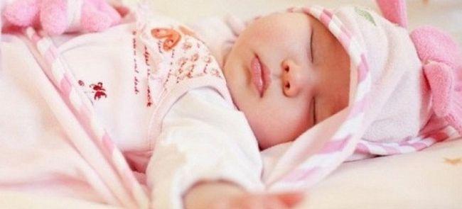 zašto dijete znojenje za vrijeme spavanja