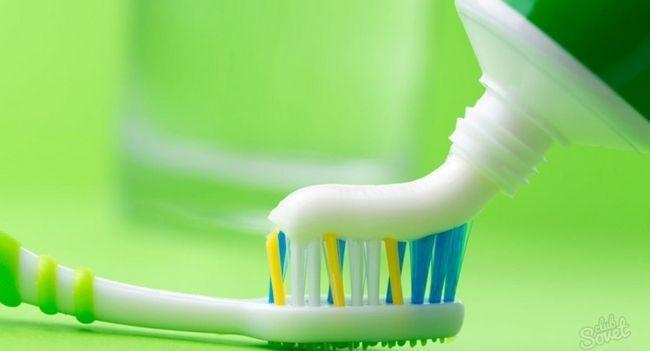 Има ли паста за зъби на пъпки?