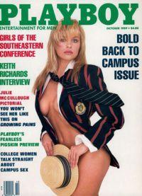 Первый раз для Playboy она снялась в 1989 году