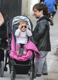 Питер Динклэйдж с дочерью