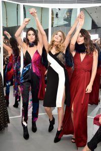 Kendall Jenner, Gigi Hadid și Lily Aldridge cu distracție și dansuri