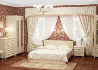 Сочетание бело-кофейных цветов в интерьере спальни -3