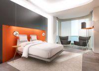 Сочетание оранжевого цвета в спальне -1
