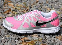 Спортивная обувь Nike 9