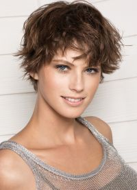 Стрижки на короткие волосы 2013 3