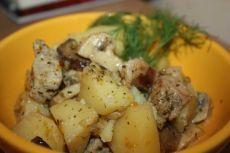 Картошка со свининой в мультиварке