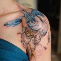 женские татуировки на плече 6