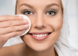 Угри на лице – лечение в домашних условиях