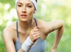 Уход за кожей лица в спортивном стиле