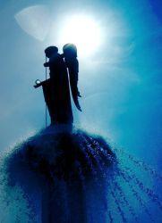 в чем помогает архангел гавриил