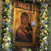 В чем помогает икона владимирской божьей матери?