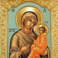 В чем помогает тихвинская икона божьей матери?