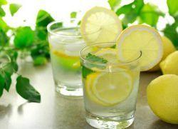 Вода с лимоном – польза
