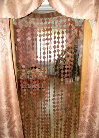 Занавески на дверной проем1