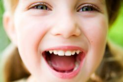 Запах ацетона изо рта у ребенка - причины