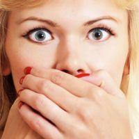 Запах изо рта – причины и лечение