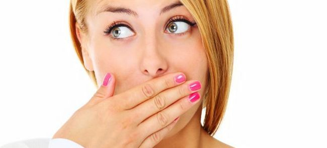 Запах тухлых яиц изо рта – причины