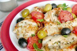 Запеченное куриное филе с помидорами - рецепты