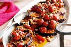 Запеченные баклажаны с помидорами