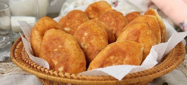 Жареные пирожки со щавелем