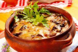 жаркое с грибами и картошкой в горшочке