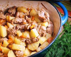 Жаркое с мясом и картошкой