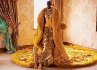 Желтое платье рианны