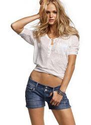 Женские джинсовые шорты 2013