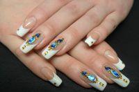 жидкие камни на ногтях1