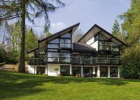Nova kuća Antonio Banderas u Surrey