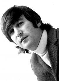 Mladi John Lennon