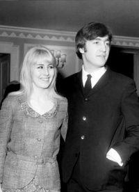 Johna Lennona prva supruga Cynthia se