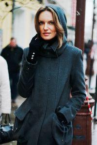 Зимнее женское пальто с капюшоном 9